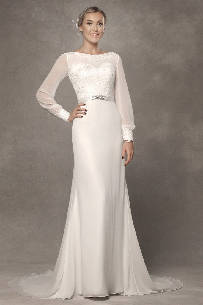 7 long sleeved wedding dresses you 39 ll love find your for Adding sleeves to a wedding dress