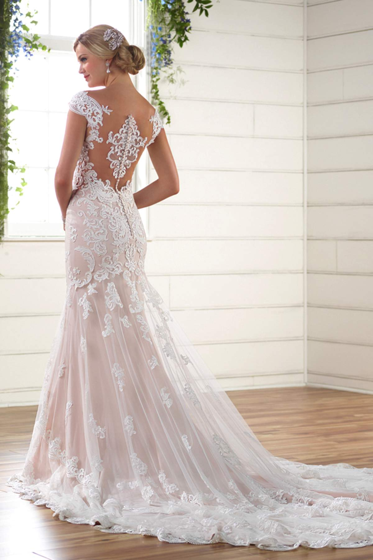 Style d2205 by essense of australia find your dream dress for Essense of australia wedding dress cost