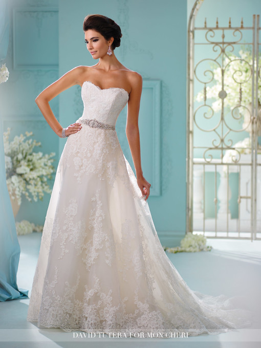 5 wedding dresses with removable trains find your dream for How much are mon cheri wedding dresses