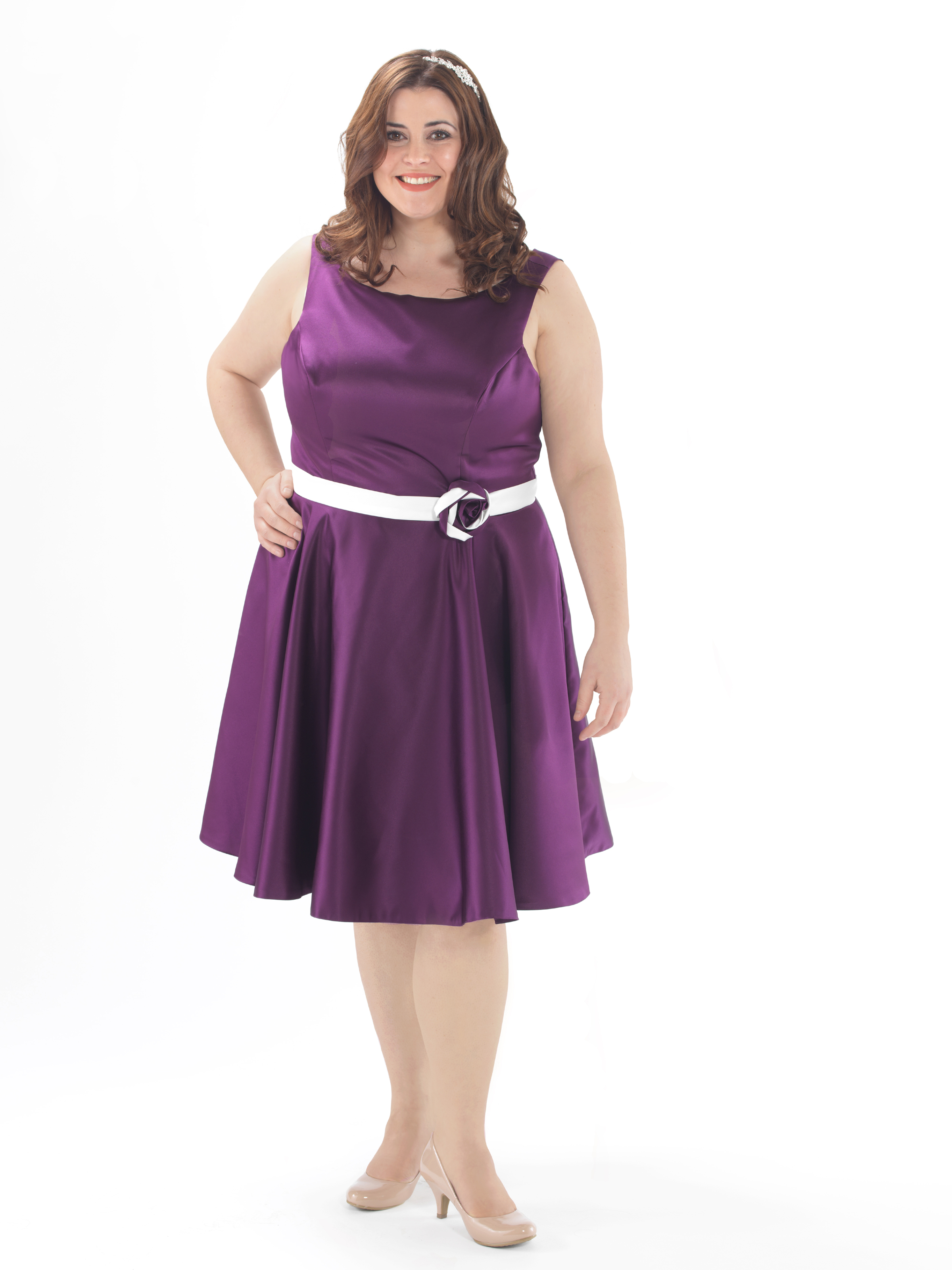 The new linzi jay curve collection is perfect for plus size en131 ombrellifo Image collections