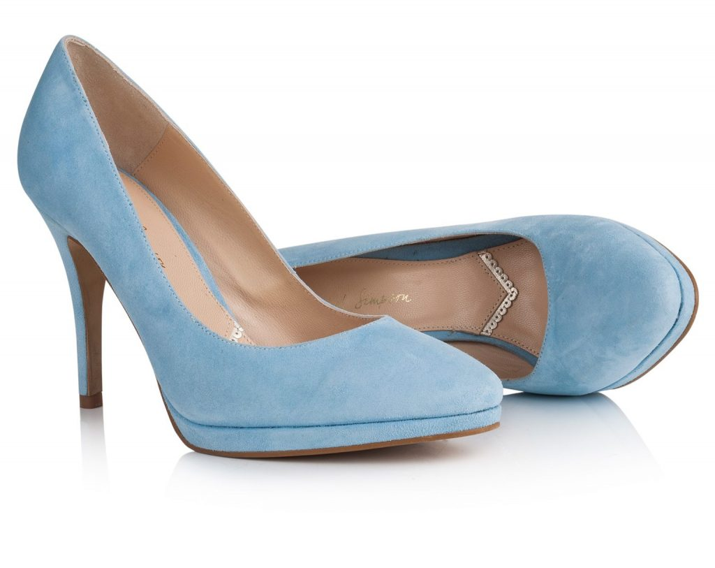 Blue wedding shoes for colourful brides - Love Our Wedding